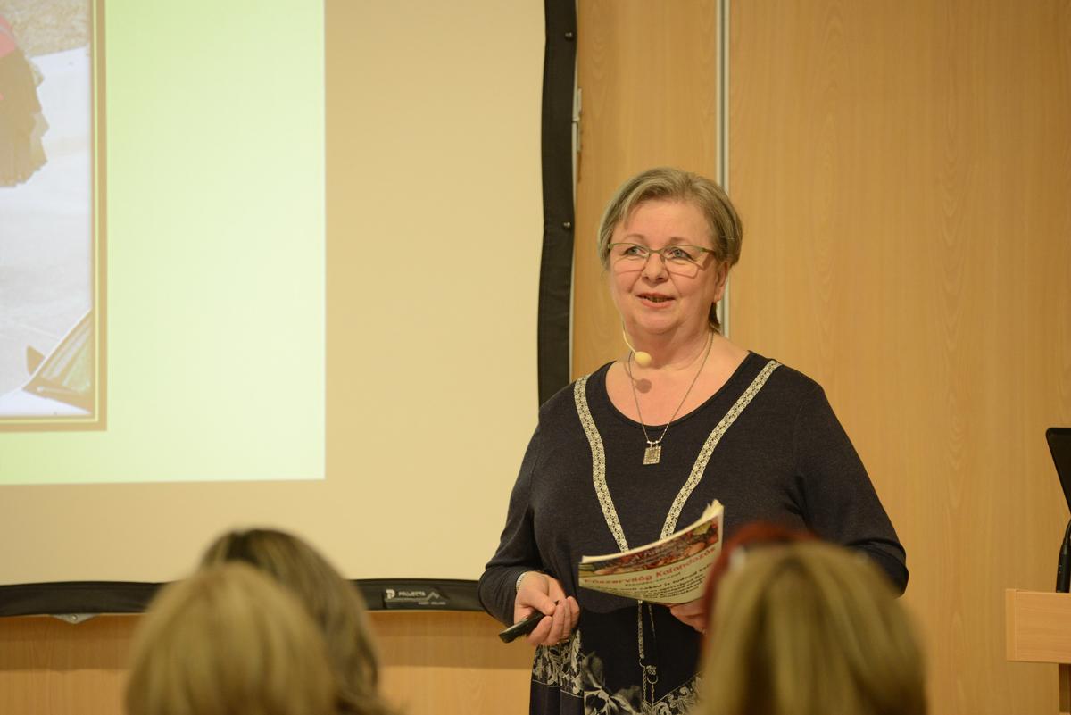 Dr. Nyári Zsuzsa előadása
