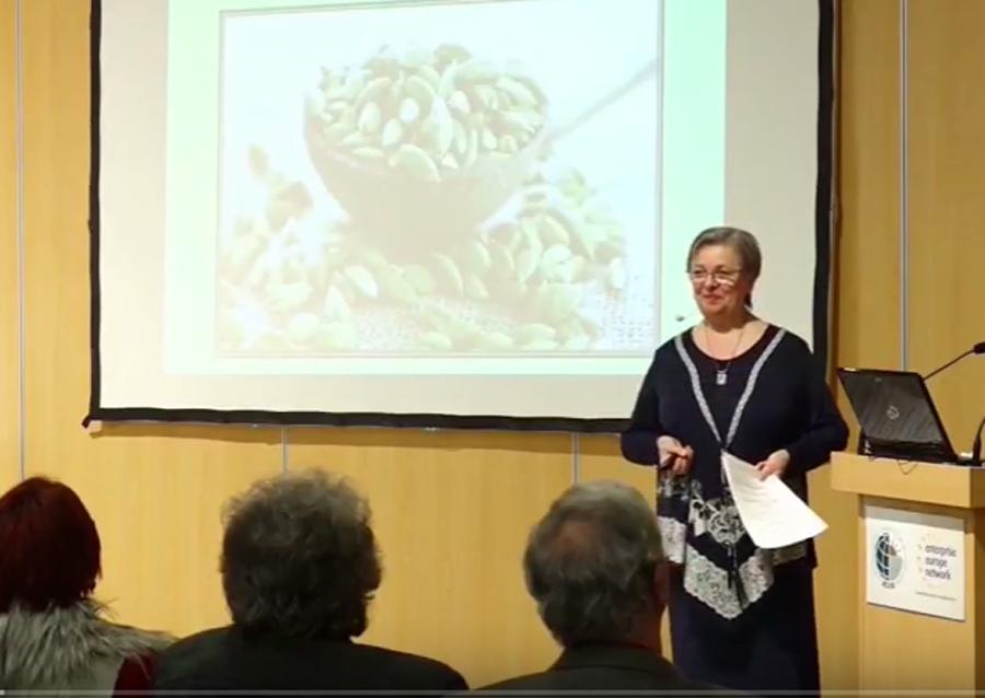 Kardamom Dr. Nyári Zsuzsa előadása