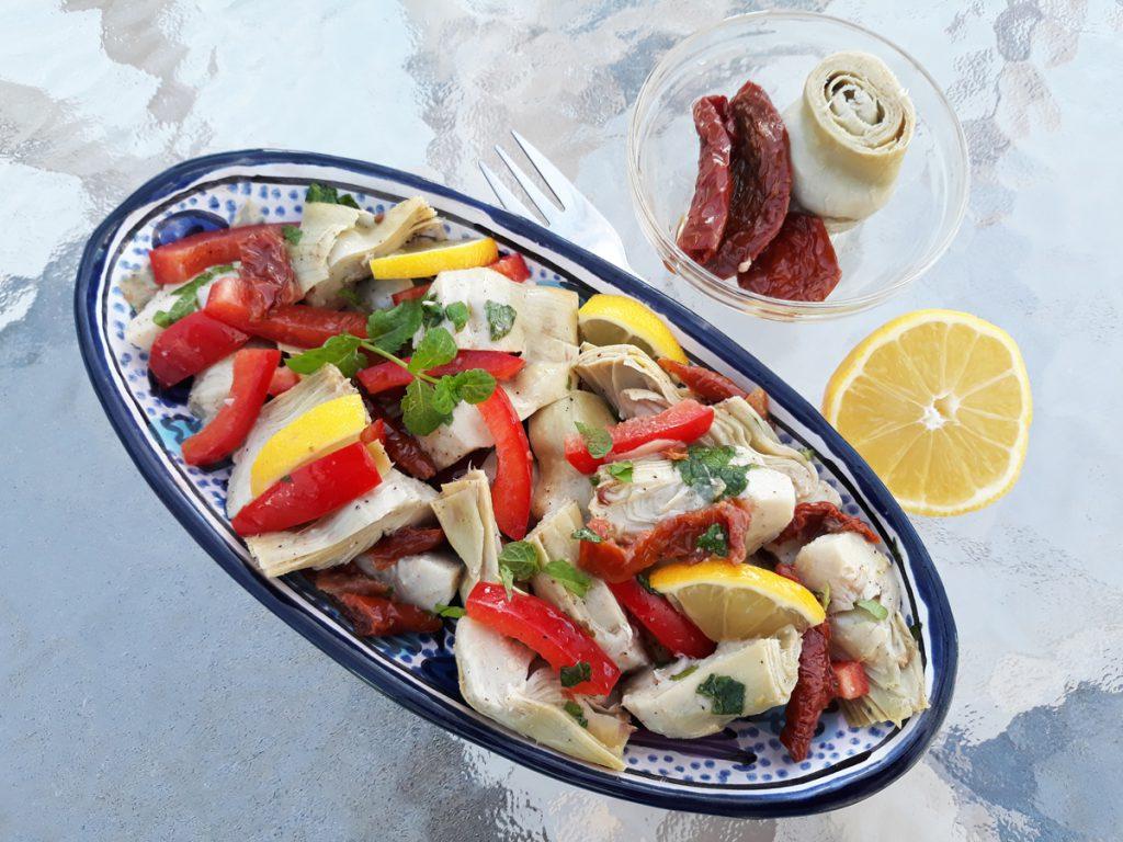 Mentás articsóka saláta