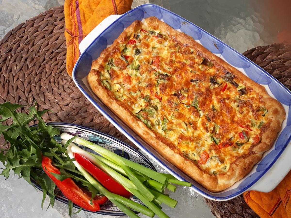 Zöldhagymás pite