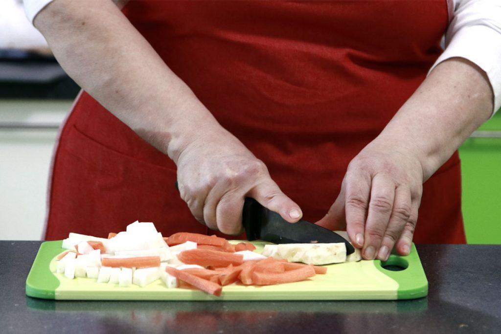 Sütőlapos zöldség darabolás